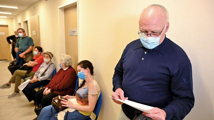 執意接種中國疫苗 匈牙利死亡率全球第一