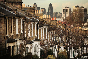 倫敦地產代理UK Holmes報告:助BNO簽證移民減免風險