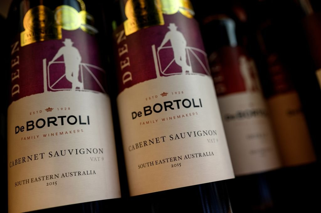 5月6日,中共發改委宣佈無限期暫停中澳戰略經濟對話機制,澳洲國防戰略專家認為,中共此舉會進一步使其孤立。葡萄酒乃被中共報復而受影響之一的行業。(NOEL CELIS/AFP via Getty Images)
