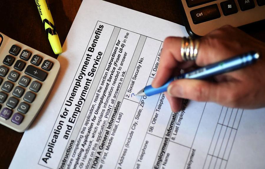 【失業救濟】美首領救濟金人數49.8萬 降至逾一年低位