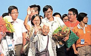 菜園村村民親自到場支持朱凱迪,大讚他好人、勤力又肯幫人。