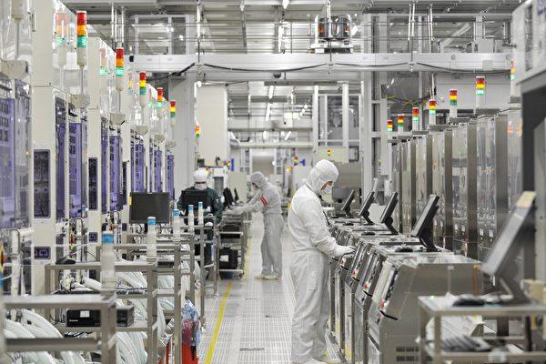 美日強化半導體合作,擬建立一個高端半導體研究機構。 (KAZUHIRO NOGI/AFP via Getty Images)