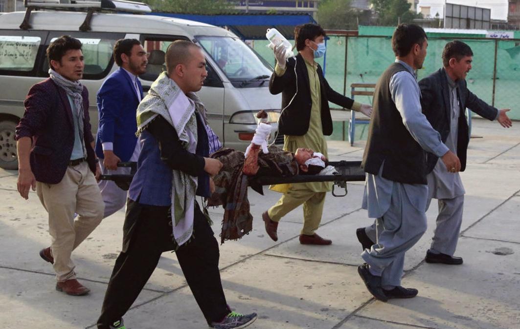 上周六(5月8日),阿富汗首都喀布爾的一所中學校門口,發生多宗汽車爆炸。造成至少55人死亡。