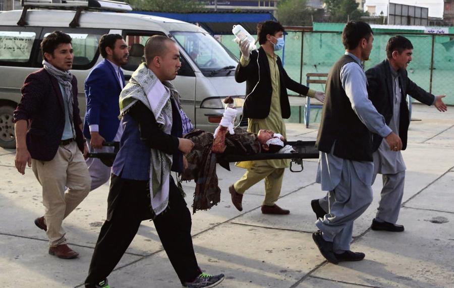 阿富汗首都一所學校爆炸 55死近200傷