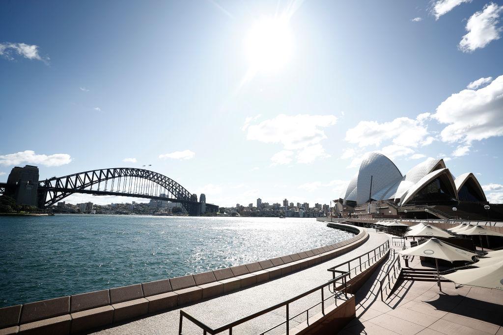 澳洲聯邦政府近日的一項預算計劃顯示,澳洲將於明年開放國境,重新恢復移民數量,以加快經濟復甦。(Ryan Pierse/Getty Images)