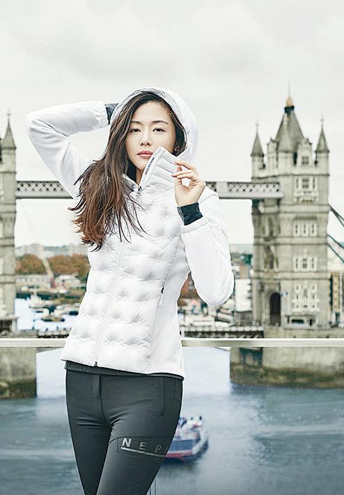 全智賢為韓國人氣女星地位屹立不變。(網絡圖片)
