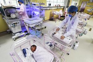 中共人口普查虛增一個多億 專家解析造假原因