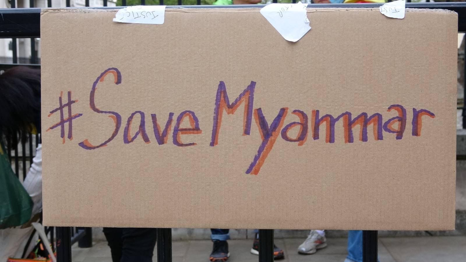 集會亦有聲援緬甸的民主運動抗爭。(文苳晴攝)
