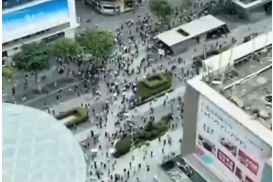 深圳79層賽格大樓發生搖晃 萬人逃離