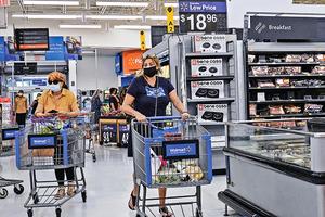 美零售店客流量同比上升