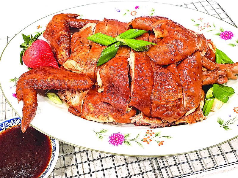 【梁廚美食】玫瑰露豉油雞
