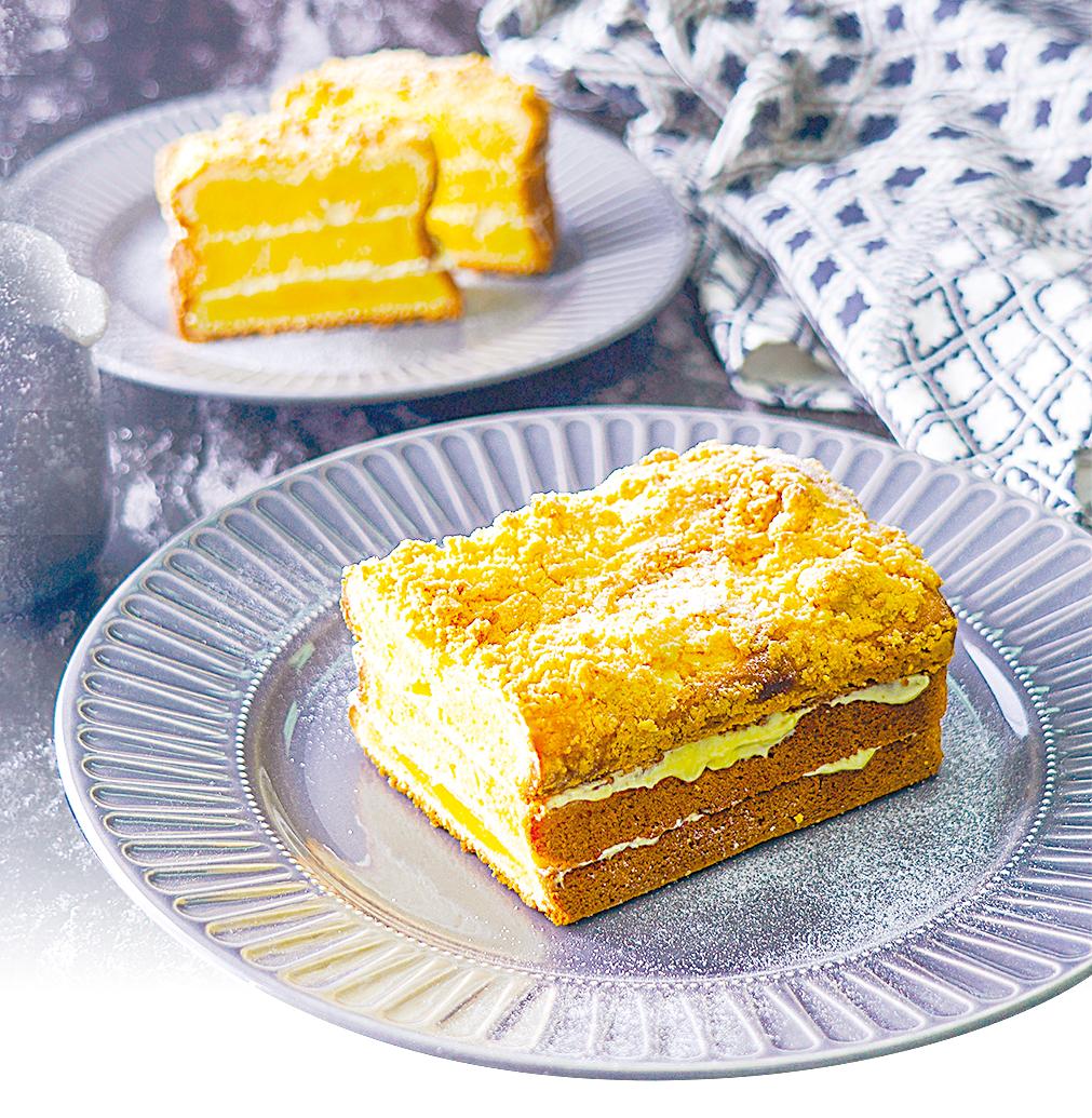 酥菠蘿芝士磅蛋糕,口感綿密厚實。