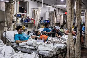 印度死亡病例創新高 馬來西亞疫情爆發