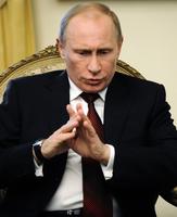 普京總統座駕和平治房車相撞 親信司機遇難