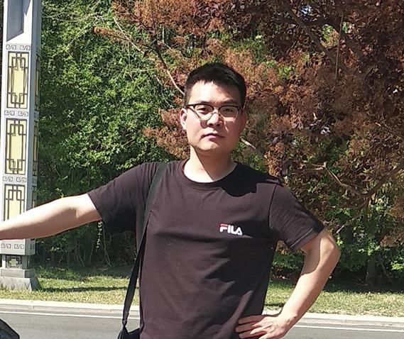 北京優秀青年面臨非法庭審