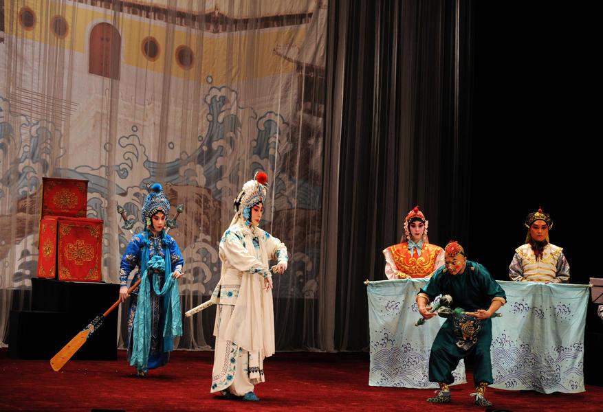輪迴?京劇界大師王瑤卿次女竟是長女轉世