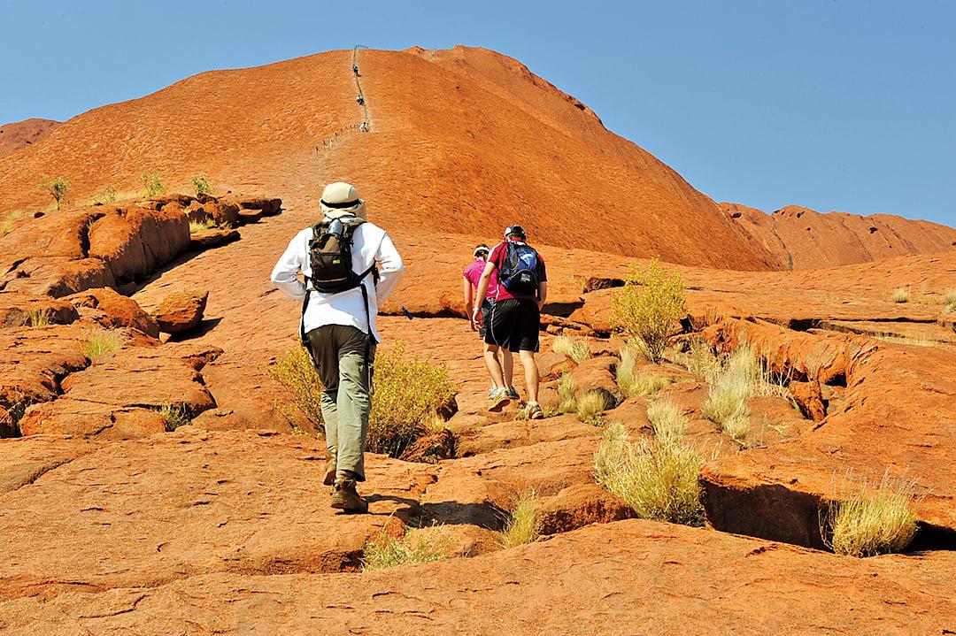 大紅石從2019年10月26日起不再對攀爬者們開放。(簡沐/大紀元)