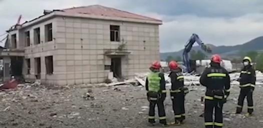 黑龍江一辦公樓爆炸8死 民眾質疑