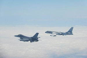 台F-16戰機赴美訓練中共跳腳 專家:老調重彈