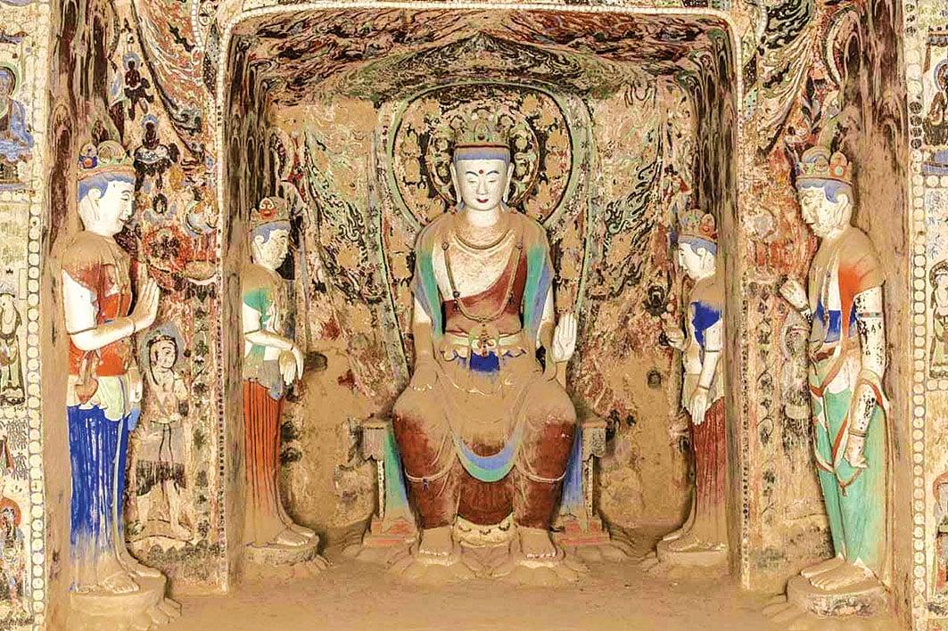 此為敦煌莫高窟的隋代第390窟的塑像。(公有領域)