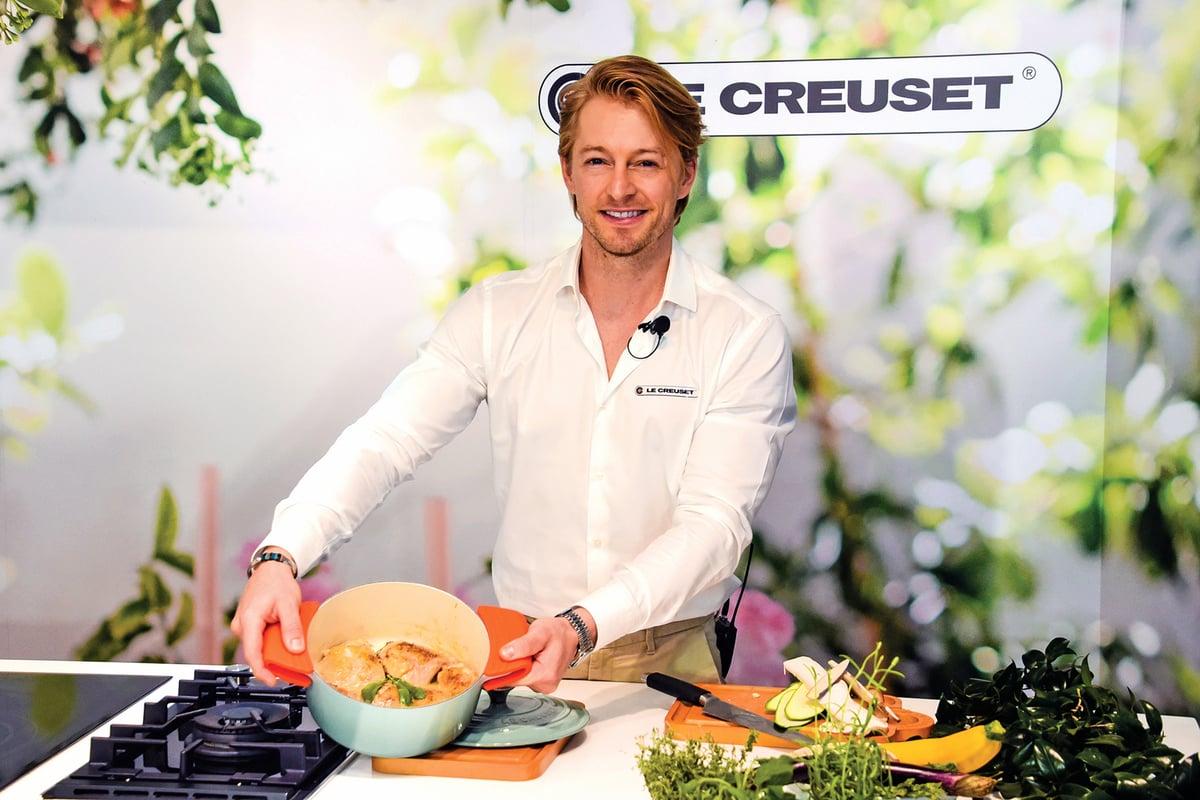 法國型男主廚法比歐示範料理。