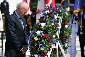 陣亡將士紀念日 拜登發表講話
