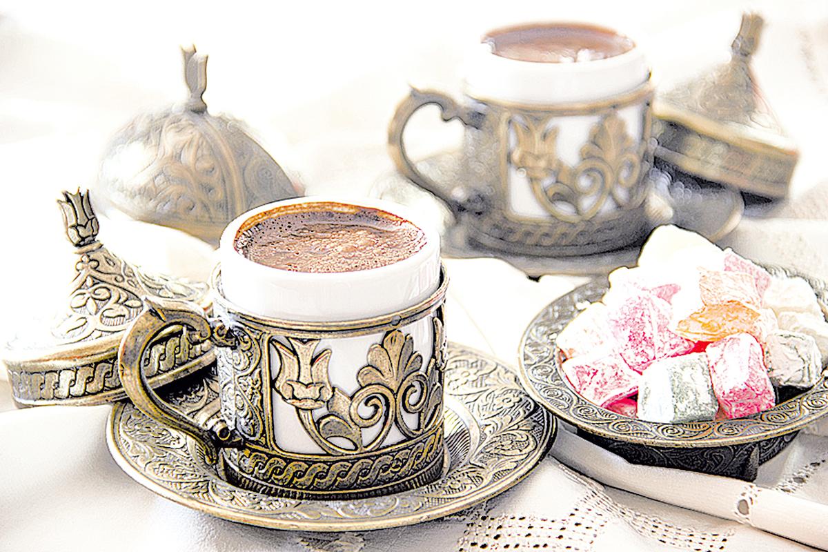 土耳其人喝咖啡時,一定會搭配土耳其軟糖。