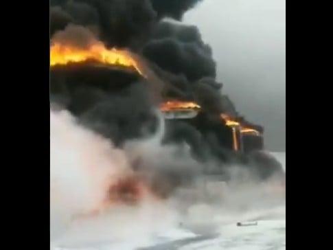 中共百年不太平 河北一儲油罐爆炸大火連燒三日