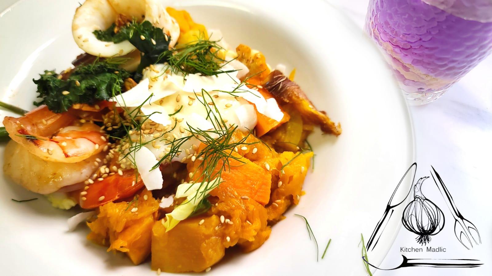 希臘式虎蝦魷魚南瓜沙律。(Kitchen Madlic提供)