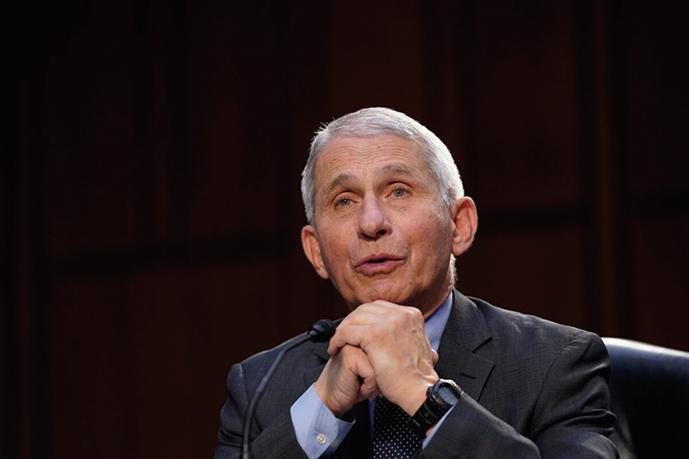3月18日,福奇(Anthony Fauci)博士在國會參議院,就聯邦應對新冠疫情的情況作證。(Getty Images)