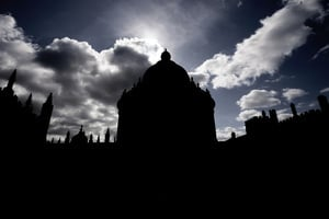 英國成立特別小組 指導大學應對敵對國家威脅