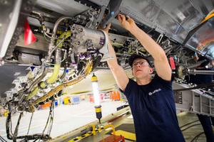 英國製造業增長速度近30年最快