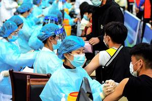 66%接種 廣州疫情續惡化 中共專家自曝疫苗效性
