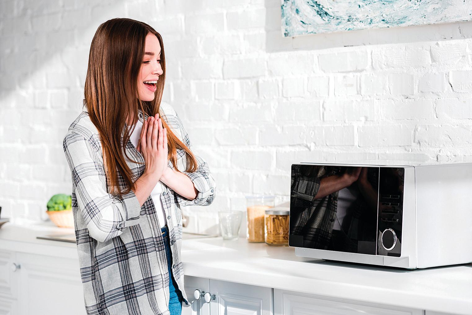 善用冷凍調理包和微波爐,就能快速準備好餐點。