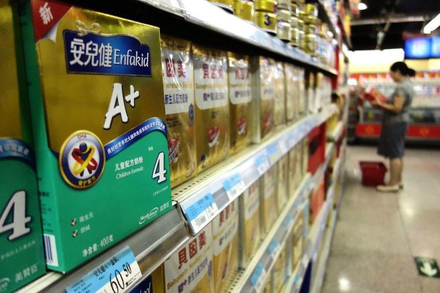 陸出生率低迷 美贊臣22億出售中國奶粉業務