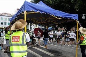廣州疫情持續嚴重 當局配劣質食品引發衝突