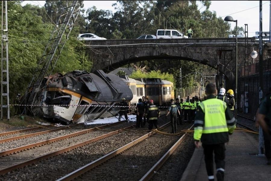 西班牙火車出軌 至少4死47傷