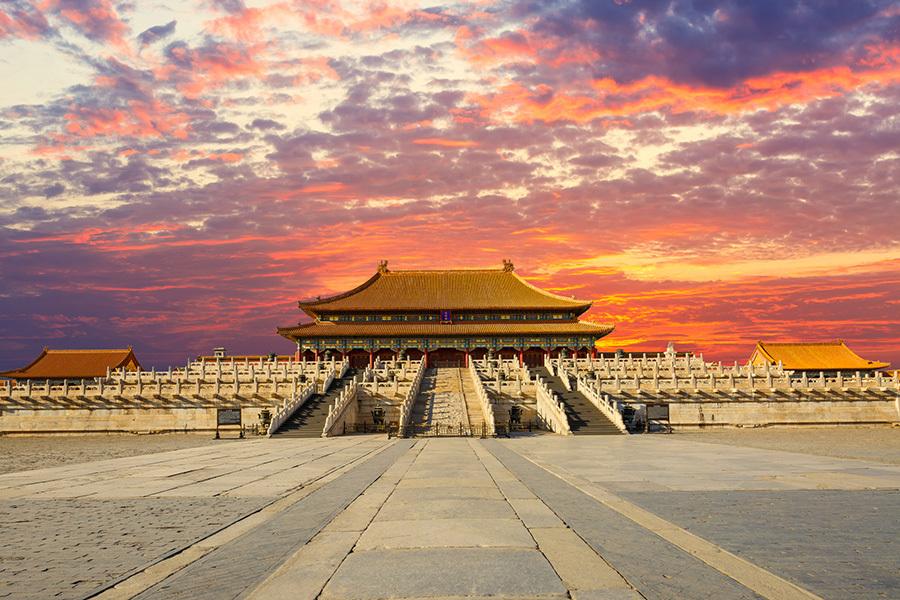 近兩個多月,中共10省省委書記出現大變動,這預示中共「十九大」前的人事卡位戰已經開始進入緊張程度。圖為,北京故宮一景。(Fotolia)