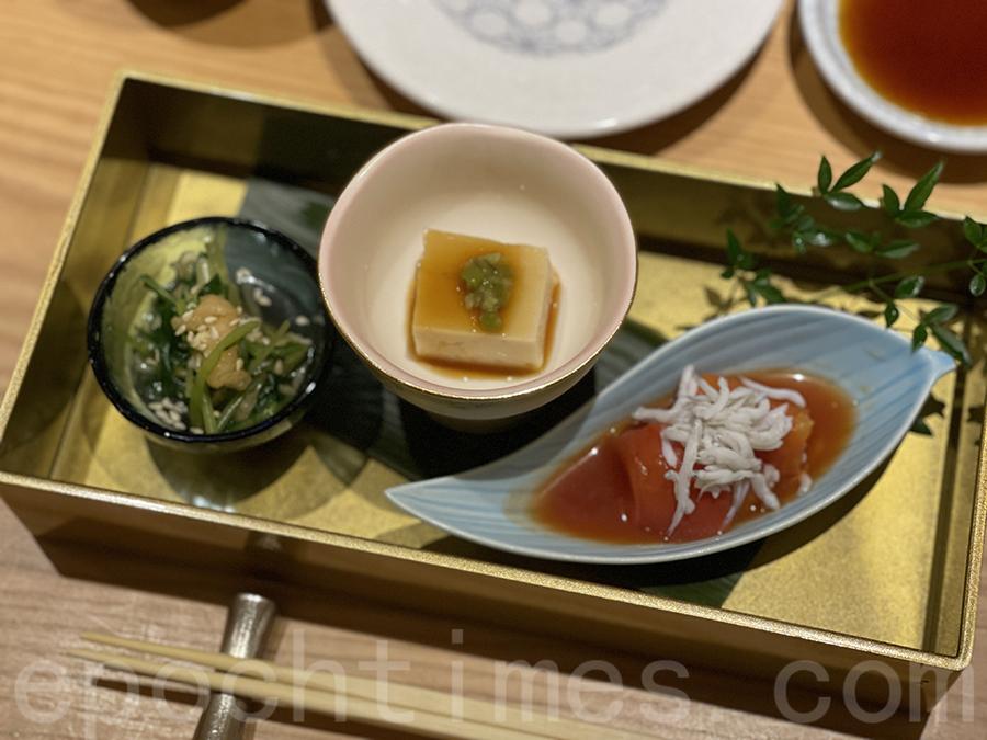 水菜芝麻豆卜、胡麻豆腐、日本沙甸魚乾配日本蕃茄。(Siu Shan提供)