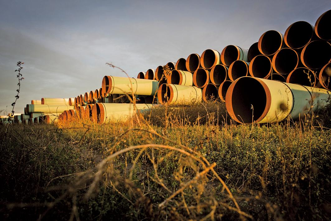 加拿大的TC能源公司正式宣佈,將放棄Keystone XL輸油管道項目。圖為該計劃尚未使用的新管道。(Getty Images)