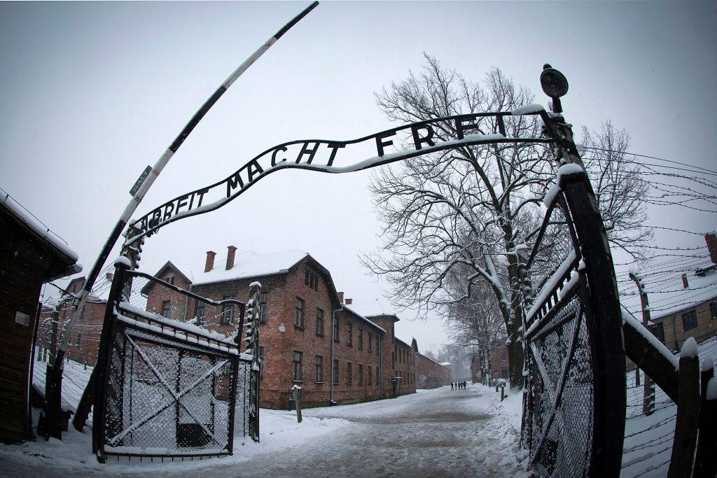 奧斯威辛集中營被解體已76年,但類似的悲劇卻依然在中國發生著。圖為奧斯威辛集中營。( Joel SAGET / AFP)