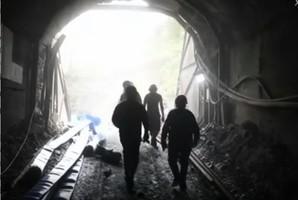 山西鐵礦透水13人被困 網民:生還希望渺茫