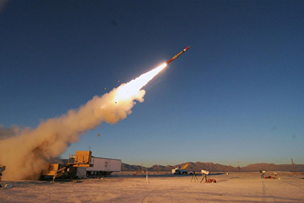 瑞典斯德哥爾摩國際和平研究所6月14日發表2021年鑒報告,揭中共在擴充其核武庫。圖為美國愛國者三型增程型導彈。(美國洛克希德馬丁公司官網)