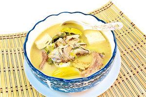 【梁廚美食】 鹹魚頭芥菜豆腐湯