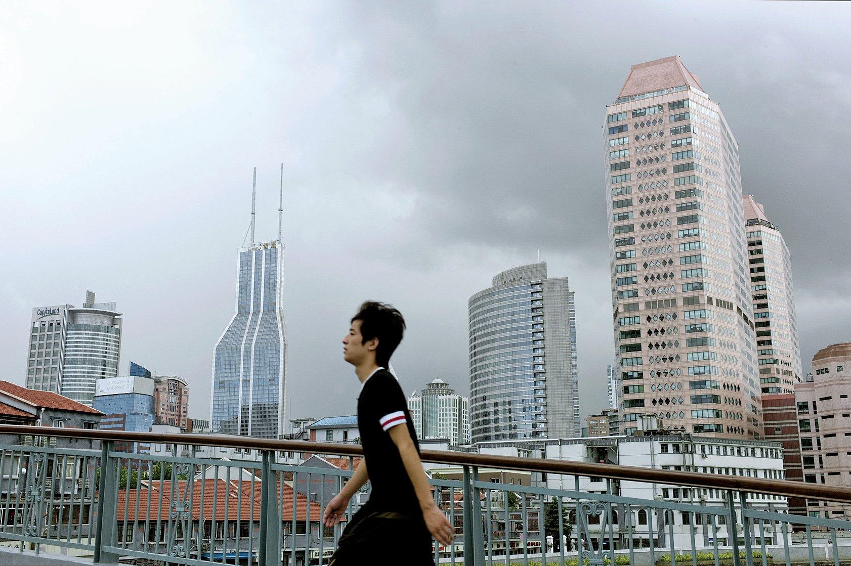 大陸地價房價持續暴漲。房地產市場被綁架,也就是綁架了中國的經濟和金融。(Getty Images)
