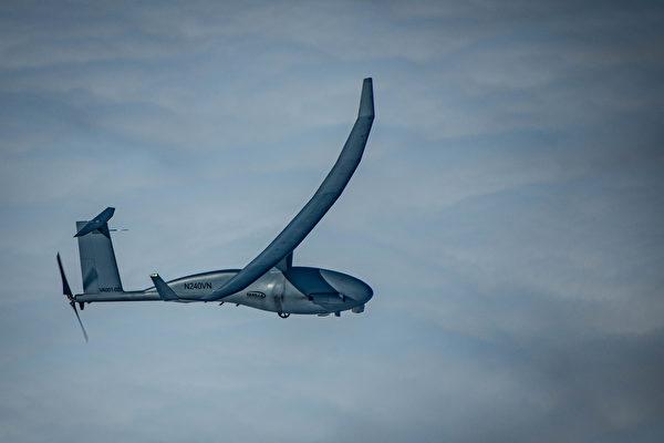 美研發仿生微型飛行器 擬用微波武器摧毀無人機群