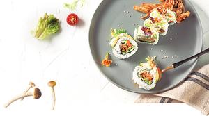 柳松菇入菜爽口鮮甜壽司捲