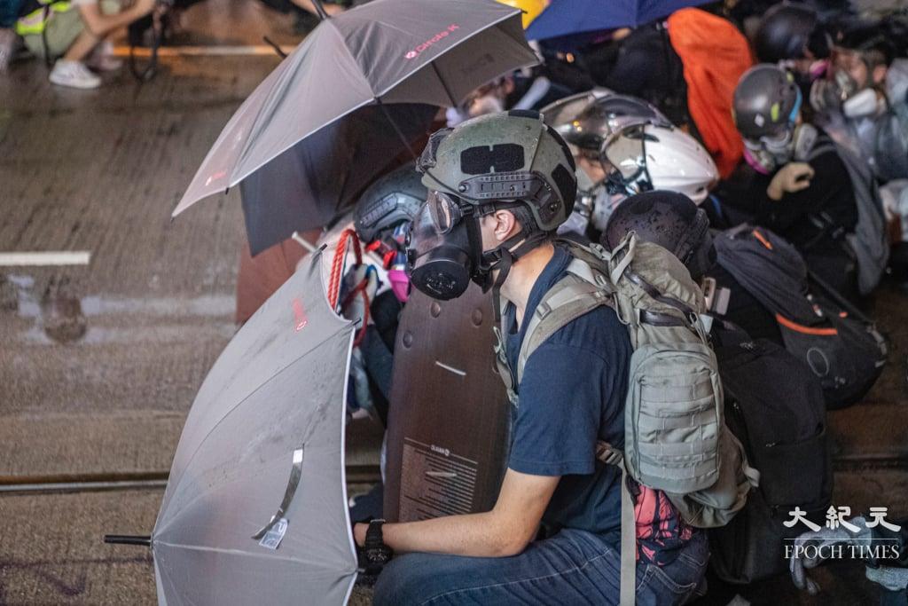 圖為2019年反修例運動期間的香港抗爭者。(余鋼/大紀元)
