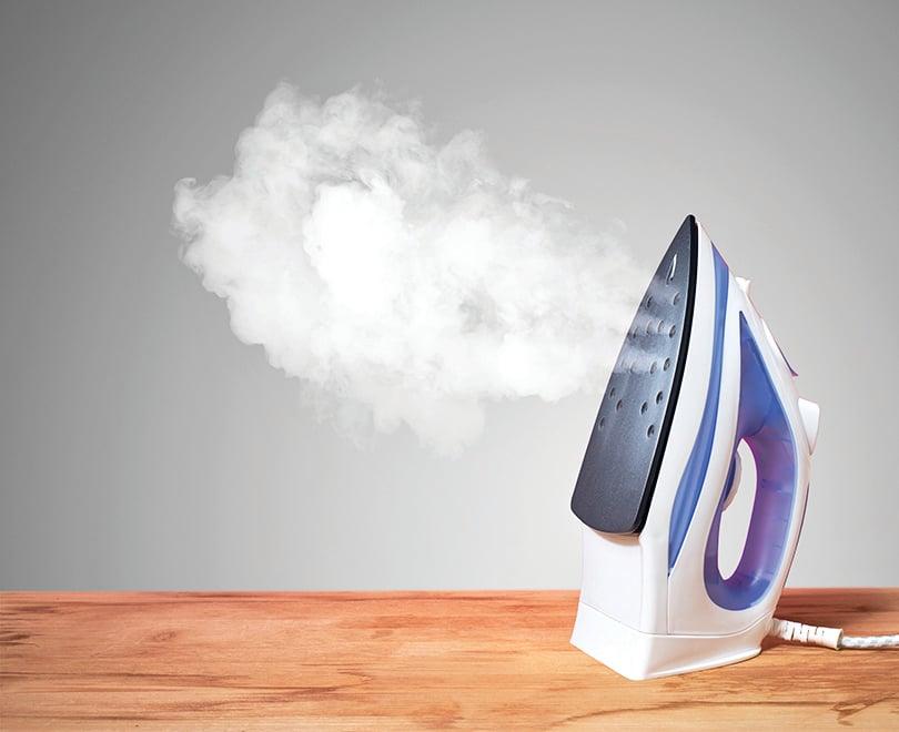 蒸汽熨斗也須定期清潔。