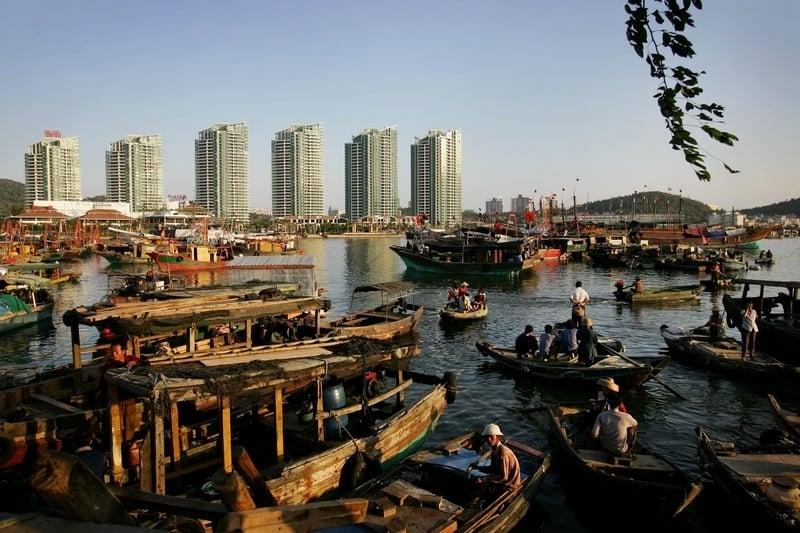 上海樓市「金九銀十」儼然已變成「門可羅雀」。圖為一處樓盤遠景。(Getty Images)